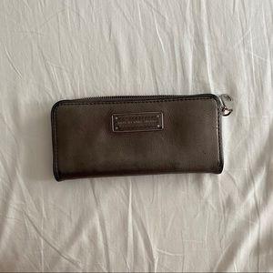 Marc Jacobs gunmetal zip wallet